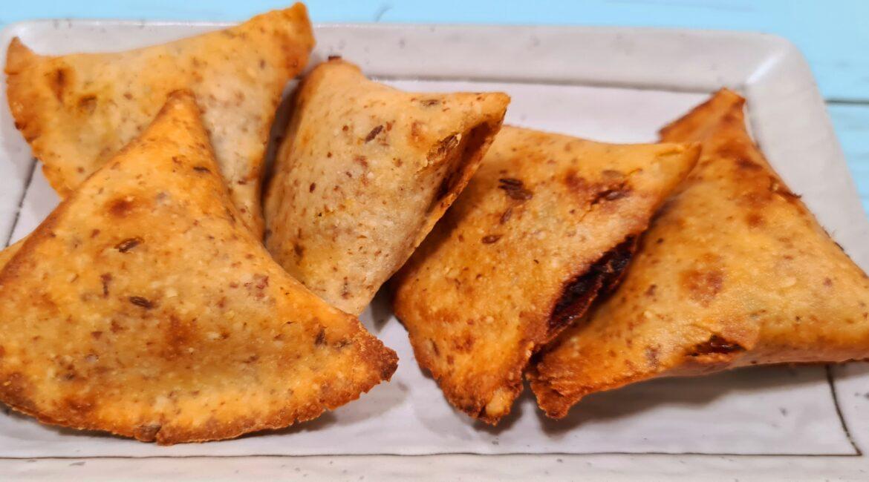 Keto Snacks 1170x650 - 7 TEA-TIME Low Carb Keto Snacks: BAKED GOODIES