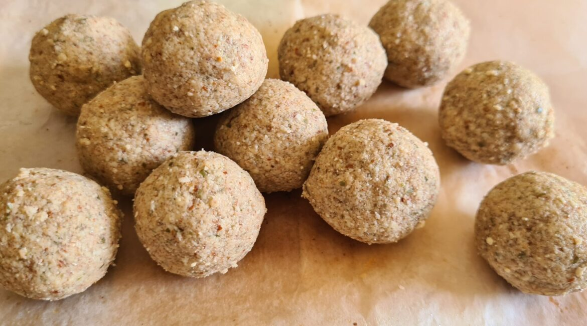 blissballs scaled 1170x650 - 7 Indian Low Carb LCHF & Keto Vegetarian Snacks - Part 1